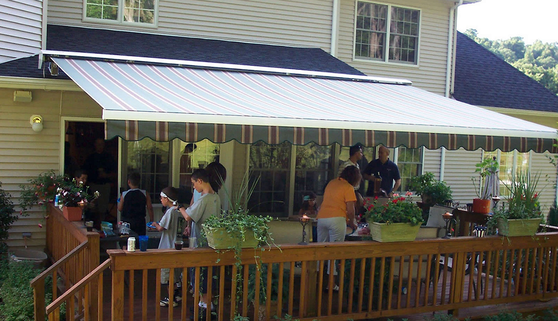 Retractable Awnings 1